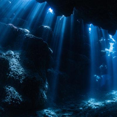 座間味島 新田洞窟